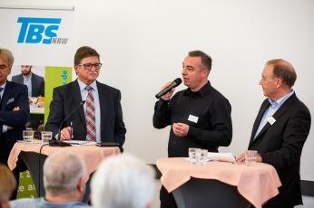 10 Jahre Service-Hotline Zeitarbeit und Werkvertrag Podiumsdiskussion vl: Wilhelm Oberste-Beulmann - BAB, Marc Albien VWPD, Jürgen Grumbach - TBS,